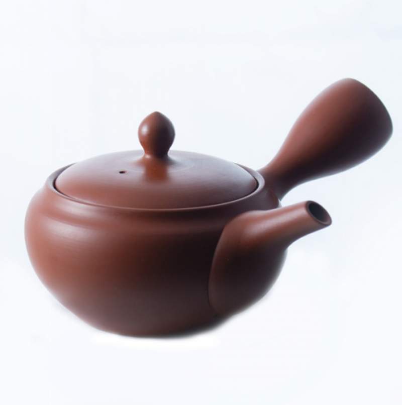 Japanese teapots with strainer